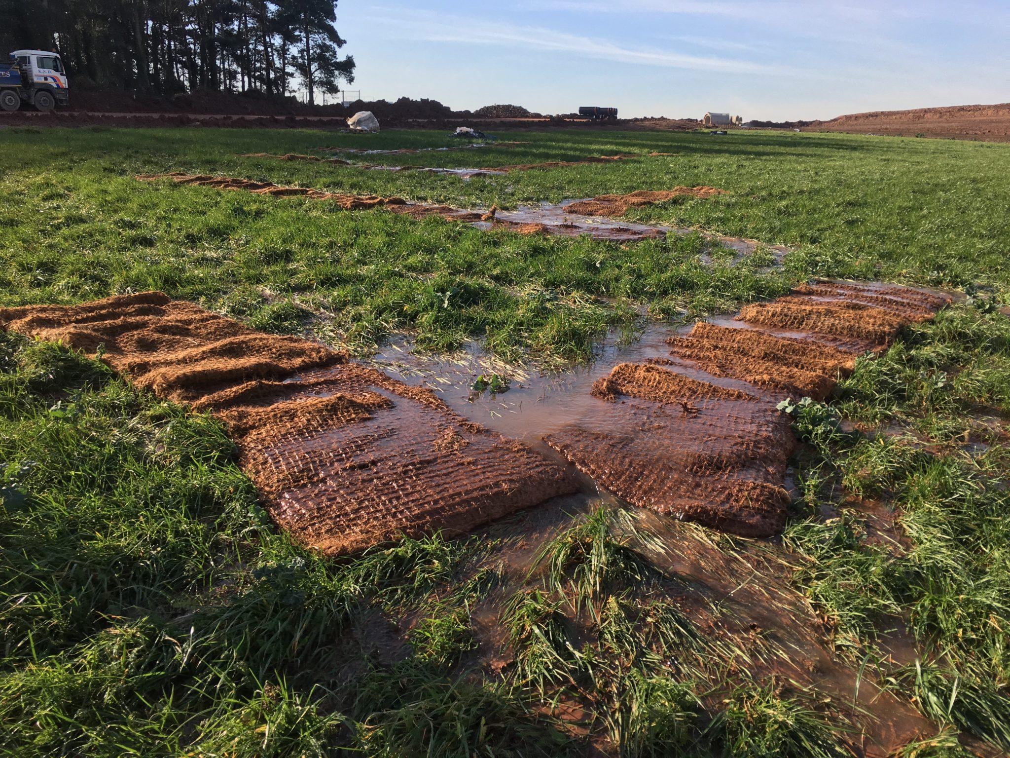 Flocs Mats in field